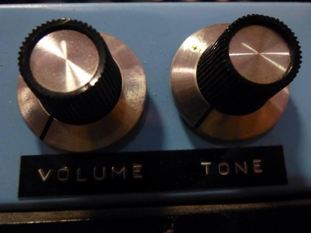volume-tone-buttons